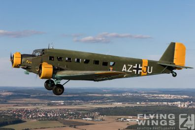 http://flying-wings.com/plugins/content/sige/plugin_sige/showthumb.php?img=/images//galleries/18_Ju-52/1/Pilsen_Ju-52_air-air-8802_Zeitler.jpg&width=396&height=300&quality=80&ratio=1&crop=0&crop_factor=50&thumbdetail=0
