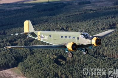 http://flying-wings.com/plugins/content/sige/plugin_sige/showthumb.php?img=/images//galleries/18_Ju-52/1/Pilsen_Ju-52_air-air-9068_Zeitler.jpg&width=396&height=300&quality=80&ratio=1&crop=0&crop_factor=50&thumbdetail=0