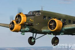 http://flying-wings.com/plugins/content/sige/plugin_sige/showthumb.php?img=/images//galleries/18_Ju-52/2/Pilsen_Ju-52_air-air-8846_Zeitler.jpg&width=260&height=300&quality=80&ratio=1&crop=0&crop_factor=50&thumbdetail=0