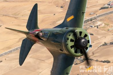 http://flying-wings.com/plugins/content/sige/plugin_sige/showthumb.php?img=/images/air2air/18_Mosca/3_4/FIO_Madrid_I-16-1254_Zeitler.jpg&width=396&height=300&quality=80&ratio=1&crop=0&crop_factor=50&thumbdetail=0