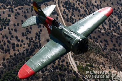 http://flying-wings.com/plugins/content/sige/plugin_sige/showthumb.php?img=/images/air2air/18_Mosca/3_4/FIO_Madrid_I-16-9932_Zeitler.jpg&width=396&height=300&quality=80&ratio=1&crop=0&crop_factor=50&thumbdetail=0