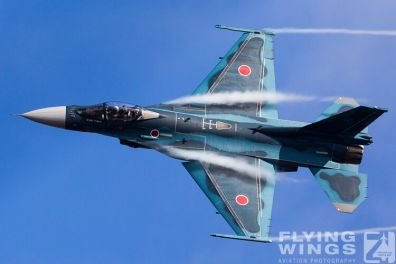 http://flying-wings.com/plugins/content/sige/plugin_sige/showthumb.php?img=/images/airshows/17_gifu/f-2/Gifu_F-2-9280_Zeitler.jpg&width=396&height=300&quality=80&ratio=1&crop=0&crop_factor=50&thumbdetail=0