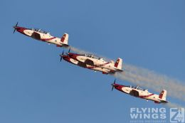 http://flying-wings.com/plugins/content/sige/plugin_sige/showthumb.php?img=/images/airshows/18_Hatzerim/efroni/Israel_Display_Team-7480_Zeitler.jpg&width=260&height=300&quality=80&ratio=1&crop=0&crop_factor=50&thumbdetail=0