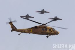 http://flying-wings.com/plugins/content/sige/plugin_sige/showthumb.php?img=/images/airshows/18_Hatzerim/formations/Israel_Helicopter-0642_Zeitler.jpg&width=260&height=300&quality=80&ratio=1&crop=0&crop_factor=50&thumbdetail=0