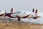 http://flying-wings.com/plugins/content/sige/plugin_sige/showthumb.php?img=/images/airshows/18_Hatzerim/gallery/Israel_Display_Team-7900_Zeitler.jpg&width=180&height=200&quality=80&ratio=1&crop=0&crop_factor=50&thumbdetail=0