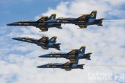 http://flying-wings.com/plugins/content/sige/plugin_sige/showthumb.php?img=/images/airshows/18_Houston/gallery/Houston_Airshow_Blue_Angels-1821_Zeitler.jpg&width=180&height=200&quality=80&ratio=1&crop=0&crop_factor=50&thumbdetail=0