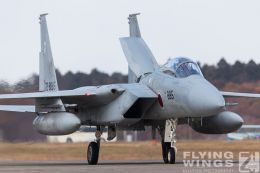http://flying-wings.com/plugins/content/sige/plugin_sige/showthumb.php?img=/images/airshows/18_Hyakuri/f-15_3/Hyakuri_Airshow_F-15-0040_Zeitler.jpg&width=260&height=300&quality=80&ratio=1&crop=0&crop_factor=50&thumbdetail=0