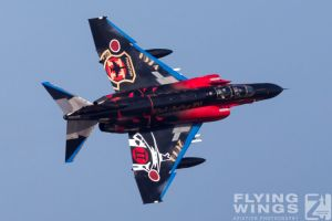 http://flying-wings.com/plugins/content/sige/plugin_sige/showthumb.php?img=/images/airshows/18_Hyakuri/gallery/Hyakuri_Airshow_Specials-4978_Zeitler.jpg&width=260&height=400&quality=80&ratio=1&crop=0&crop_factor=50&thumbdetail=0