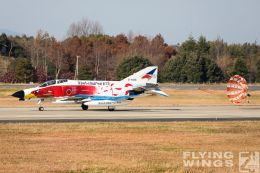 http://flying-wings.com/plugins/content/sige/plugin_sige/showthumb.php?img=/images/airshows/18_Hyakuri/gallery/Hyakuri_Airshow_Specials-4983_Zeitler.jpg&width=260&height=400&quality=80&ratio=1&crop=0&crop_factor=50&thumbdetail=0