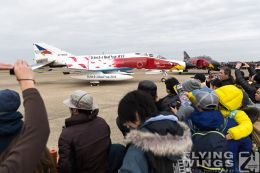 http://flying-wings.com/plugins/content/sige/plugin_sige/showthumb.php?img=/images/airshows/18_Hyakuri/phantoms9_3/Hyakuri_Airshow_static-9691_Zeitler.jpg&width=260&height=300&quality=80&ratio=1&crop=0&crop_factor=50&thumbdetail=0