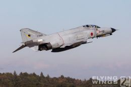 http://flying-wings.com/plugins/content/sige/plugin_sige/showthumb.php?img=/images/airshows/18_Japan/1/Hyakuri_301-2904_Zeitler.jpg&width=260&height=300&quality=80&ratio=1&crop=0&crop_factor=50&thumbdetail=0