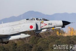 http://flying-wings.com/plugins/content/sige/plugin_sige/showthumb.php?img=/images/airshows/18_Japan/1/Hyakuri_301-6543_Zeitler.jpg&width=260&height=300&quality=80&ratio=1&crop=0&crop_factor=50&thumbdetail=0