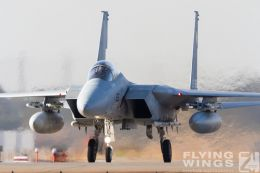 http://flying-wings.com/plugins/content/sige/plugin_sige/showthumb.php?img=/images/airshows/18_Japan/11/Komatsu_F-15-3856_Zeitler.jpg&width=260&height=300&quality=80&ratio=1&crop=0&crop_factor=50&thumbdetail=0