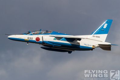 http://flying-wings.com/plugins/content/sige/plugin_sige/showthumb.php?img=/images/airshows/18_Japan/15/Matsushima_Blue_Impulse-8182_Zeitler.jpg&width=396&height=300&quality=80&ratio=1&crop=0&crop_factor=50&thumbdetail=0