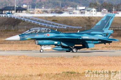 http://flying-wings.com/plugins/content/sige/plugin_sige/showthumb.php?img=/images/airshows/18_Japan/16/Matsushima_F-2B-4560_Zeitler.jpg&width=396&height=300&quality=80&ratio=1&crop=0&crop_factor=50&thumbdetail=0