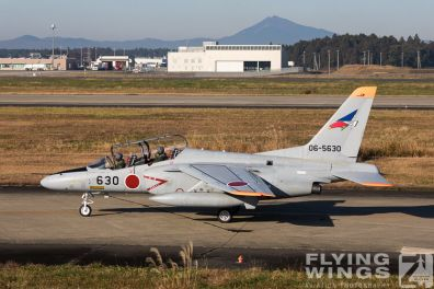 http://flying-wings.com/plugins/content/sige/plugin_sige/showthumb.php?img=/images/airshows/18_Japan/2/Hyakuri_T-4-2811_Zeitler.jpg&width=396&height=300&quality=80&ratio=1&crop=0&crop_factor=50&thumbdetail=0