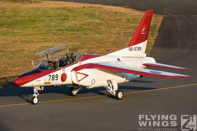 http://flying-wings.com/plugins/content/sige/plugin_sige/showthumb.php?img=/images/airshows/18_Japan/4/Iruma_T-4-3482_Zeitler.jpg&width=396&height=300&quality=80&ratio=1&crop=0&crop_factor=50&thumbdetail=0
