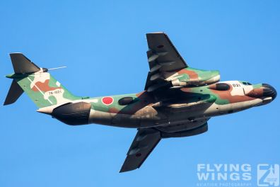 http://flying-wings.com/plugins/content/sige/plugin_sige/showthumb.php?img=/images/airshows/18_Japan/5/Iruma_EC-1-3466_Zeitler.jpg&width=396&height=300&quality=80&ratio=1&crop=0&crop_factor=50&thumbdetail=0
