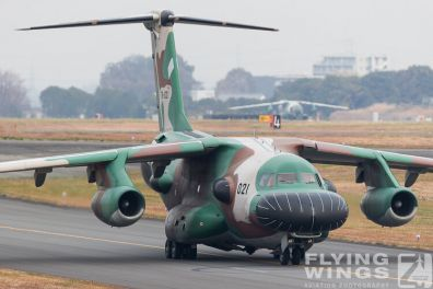 http://flying-wings.com/plugins/content/sige/plugin_sige/showthumb.php?img=/images/airshows/18_Japan/5/Iruma_EC-1-7402_Zeitler.jpg&width=396&height=300&quality=80&ratio=1&crop=0&crop_factor=50&thumbdetail=0