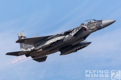 http://flying-wings.com/plugins/content/sige/plugin_sige/showthumb.php?img=/images/airshows/18_Japan/8/Komatsu_Aggressors-3952_Zeitler.jpg&width=396&height=300&quality=80&ratio=1&crop=0&crop_factor=50&thumbdetail=0
