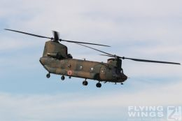 http://flying-wings.com/plugins/content/sige/plugin_sige/showthumb.php?img=/images/airshows/18_Japan/hyakuri/Hyakuri_CH-47-6730_Zeitler.jpg&width=260&height=300&quality=80&ratio=1&crop=0&crop_factor=50&thumbdetail=0