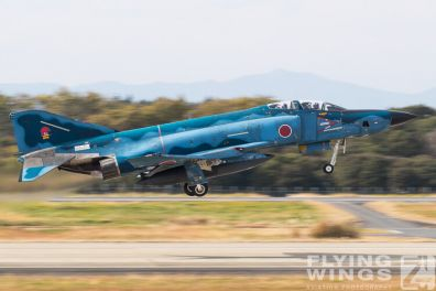 http://flying-wings.com/plugins/content/sige/plugin_sige/showthumb.php?img=/images/airshows/18_Japan/summary/Hyakuri_501-7230_Zeitler.jpg&width=396&height=300&quality=80&ratio=1&crop=0&crop_factor=50&thumbdetail=0