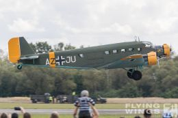 http://flying-wings.com/plugins/content/sige/plugin_sige/showthumb.php?img=/images/airshows/18_Pilsen/wwii_15/Pilsen_Ju-52-0560_Zeitler.jpg&width=260&height=300&quality=80&ratio=1&crop=0&crop_factor=50&thumbdetail=0