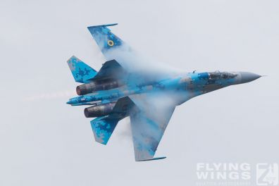 http://flying-wings.com/plugins/content/sige/plugin_sige/showthumb.php?img=/images/airshows/18_Radom/Flanker_4/Radom_Su-27-7363_Zeitler.jpg&width=396&height=300&quality=80&ratio=1&crop=0&crop_factor=50&thumbdetail=0