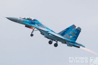 http://flying-wings.com/plugins/content/sige/plugin_sige/showthumb.php?img=/images/airshows/18_Radom/Flanker_4/Radom_Su-27-7396_Zeitler.jpg&width=396&height=300&quality=80&ratio=1&crop=0&crop_factor=50&thumbdetail=0
