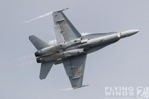 http://flying-wings.com/plugins/content/sige/plugin_sige/showthumb.php?img=/images/airshows/18_bias/Jets3//BIAS_Hornet_SpAF-4994_Zeitler.jpg&width=260&height=300&quality=80&ratio=1&crop=0&crop_factor=50&thumbdetail=0