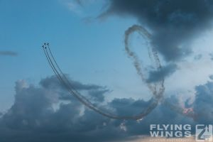 http://flying-wings.com/plugins/content/sige/plugin_sige/showthumb.php?img=/images/airshows/18_bias/gallery//BIAS_Aerobatics-6525_Zeitler.jpg&width=180&height=200&quality=80&ratio=1&crop=0&crop_factor=50&thumbdetail=0