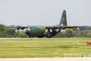 http://flying-wings.com/plugins/content/sige/plugin_sige/showthumb.php?img=/images/airshows/18_bias/gallery//BIAS_C-130-6200_Zeitler.jpg&width=180&height=200&quality=80&ratio=1&crop=0&crop_factor=50&thumbdetail=0