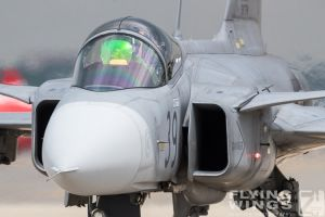 http://flying-wings.com/plugins/content/sige/plugin_sige/showthumb.php?img=/images/airshows/18_bias/gallery//BIAS_Gripen_HunAF-4601_Zeitler.jpg&width=180&height=200&quality=80&ratio=1&crop=0&crop_factor=50&thumbdetail=0