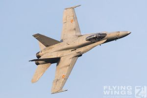 http://flying-wings.com/plugins/content/sige/plugin_sige/showthumb.php?img=/images/airshows/18_bias/gallery//BIAS_Hornet_SpAF-6029_Zeitler.jpg&width=180&height=200&quality=80&ratio=1&crop=0&crop_factor=50&thumbdetail=0