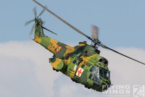 http://flying-wings.com/plugins/content/sige/plugin_sige/showthumb.php?img=/images/airshows/18_bias/gallery//BIAS_Puma-5563_Zeitler.jpg&width=180&height=200&quality=80&ratio=1&crop=0&crop_factor=50&thumbdetail=0