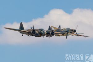 http://flying-wings.com/plugins/content/sige/plugin_sige/showthumb.php?img=/images/airshows/18_duxford/Blenheim6//Duxford_Legends_Formation-1491_Zeitler.jpg&width=260&height=300&quality=80&ratio=1&crop=0&crop_factor=50&thumbdetail=0
