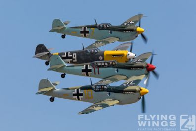 http://flying-wings.com/plugins/content/sige/plugin_sige/showthumb.php?img=/images/airshows/18_duxford/Buchons2//Duxford_Legends_Buchon_Formation-3160_Zeitler.jpg&width=396&height=300&quality=80&ratio=1&crop=0&crop_factor=50&thumbdetail=0