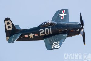 http://flying-wings.com/plugins/content/sige/plugin_sige/showthumb.php?img=/images/airshows/18_duxford/Gallery//Duxford_Legends_Bearcat_Corsair-1269_Zeitler.jpg&width=180&height=200&quality=80&ratio=1&crop=0&crop_factor=50&thumbdetail=0