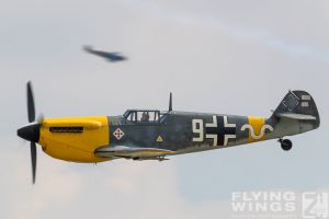 http://flying-wings.com/plugins/content/sige/plugin_sige/showthumb.php?img=/images/airshows/18_duxford/Gallery//Duxford_Legends_White_9-9723_Zeitler.jpg&width=180&height=200&quality=80&ratio=1&crop=0&crop_factor=50&thumbdetail=0