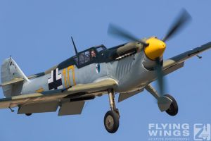 http://flying-wings.com/plugins/content/sige/plugin_sige/showthumb.php?img=/images/airshows/18_duxford/Gallery//Duxford_Legends_Yellow_10-1806_Zeitler.jpg&width=180&height=200&quality=80&ratio=1&crop=0&crop_factor=50&thumbdetail=0