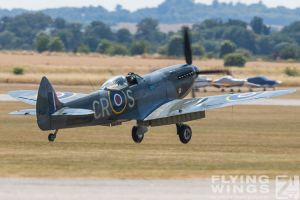 http://flying-wings.com/plugins/content/sige/plugin_sige/showthumb.php?img=/images/airshows/18_duxford/so23//Duxford_Legends_Spitfires-1201_Zeitler.jpg&width=260&height=300&quality=80&ratio=1&crop=0&crop_factor=50&thumbdetail=0