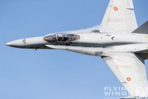http://flying-wings.com/plugins/content/sige/plugin_sige/showthumb.php?img=/images/airshows/18_siaf/Hor_Tor/SIAF_F-18_Spain-8428_Zeitler.jpg&width=396&height=300&quality=80&ratio=1&crop=0&crop_factor=50&thumbdetail=0