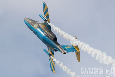 http://flying-wings.com/plugins/content/sige/plugin_sige/showthumb.php?img=/images/airshows/18_siaf/MiG/SIAF_Sk60_Sweden-9006_Zeitler.jpg&width=396&height=300&quality=80&ratio=1&crop=0&crop_factor=50&thumbdetail=0