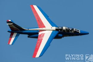 http://flying-wings.com/plugins/content/sige/plugin_sige/showthumb.php?img=/images/airshows/18_siaf/Teams/SIAF_Patrouille_de_France-7263_Zeitler.jpg&width=260&height=300&quality=80&ratio=1&crop=0&crop_factor=50&thumbdetail=0