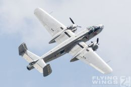 http://flying-wings.com/plugins/content/sige/plugin_sige/showthumb.php?img=/images/airshows/18_siaf/Warbirds/SIAF_Flying_Bulls-9340_Zeitler.jpg&width=260&height=300&quality=80&ratio=1&crop=0&crop_factor=50&thumbdetail=0