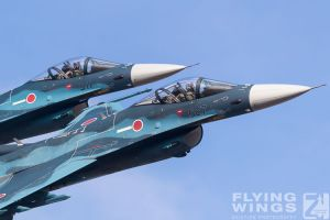 http://flying-wings.com/plugins/content/sige/plugin_sige/showthumb.php?img=/images/airshows/18_tsuiki/gallery/Tsuiki_Airshow_F-2_Duo-6167_Zeitler.jpg&width=180&height=200&quality=80&ratio=1&crop=0&crop_factor=50&thumbdetail=0