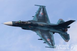 http://flying-wings.com/plugins/content/sige/plugin_sige/showthumb.php?img=/images/airshows/18_tsuiki/gallery/Tsuiki_Airshow_F-2_Duo-6315_Zeitler.jpg&width=180&height=200&quality=80&ratio=1&crop=0&crop_factor=50&thumbdetail=0