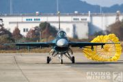 http://flying-wings.com/plugins/content/sige/plugin_sige/showthumb.php?img=/images/airshows/18_tsuiki/gallery/Tsuiki_Airshow_F-2_Duo-6356_Zeitler.jpg&width=180&height=200&quality=80&ratio=1&crop=0&crop_factor=50&thumbdetail=0