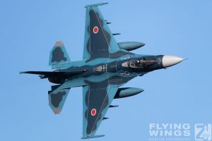 http://flying-wings.com/plugins/content/sige/plugin_sige/showthumb.php?img=/images/airshows/18_tsuiki/gallery/Tsuiki_Airshow_F-2_air-ground-5217_Zeitler.jpg&width=180&height=200&quality=80&ratio=1&crop=0&crop_factor=50&thumbdetail=0