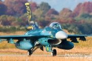 http://flying-wings.com/plugins/content/sige/plugin_sige/showthumb.php?img=/images/airshows/18_tsuiki/gallery/Tsuiki_Airshow_F-2_specials-5627_Zeitler.jpg&width=180&height=200&quality=80&ratio=1&crop=0&crop_factor=50&thumbdetail=0
